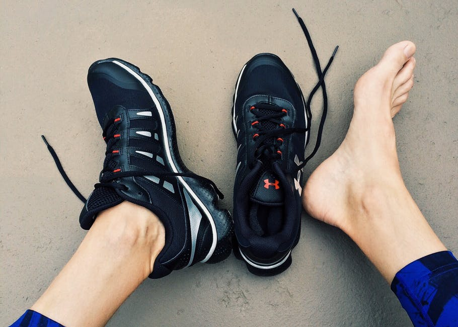Step On It! 7 Fast Ways for Athletes to Reduce Foot Pain - Sports Beem